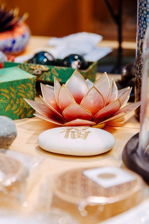 Lotus Lichter aus Capiz